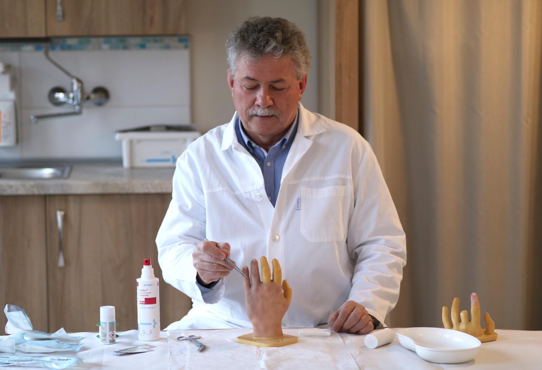 Dr. Szabó Zsolt kézsebész